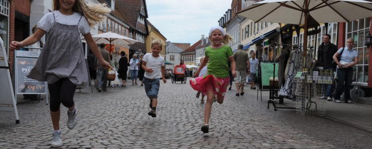 Ribe glade børn - Foto Cees Van Roeden